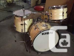 trade awesome vintage 60 39 s olympic premier drums for sale in guelph ontario classifieds. Black Bedroom Furniture Sets. Home Design Ideas