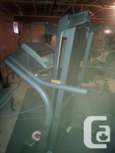 Treadmill-Nordic Track C2300