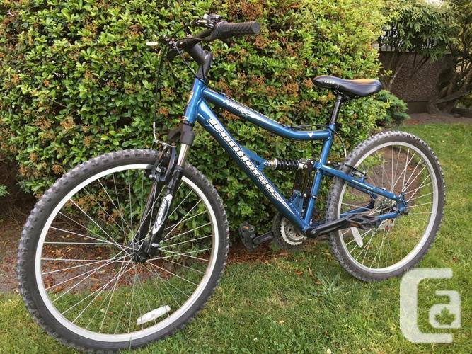 Two mountain bikes (Iron horse Axion & Infinity)