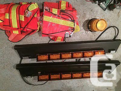 US$1,000 Whelen LED Strips Bundle Federal Signal Siren