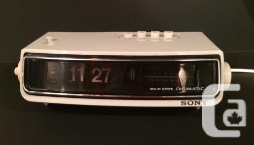 us vtg flip number alarm clock radio sony digimatic tfm c480w for sale in regina saskatchewan. Black Bedroom Furniture Sets. Home Design Ideas
