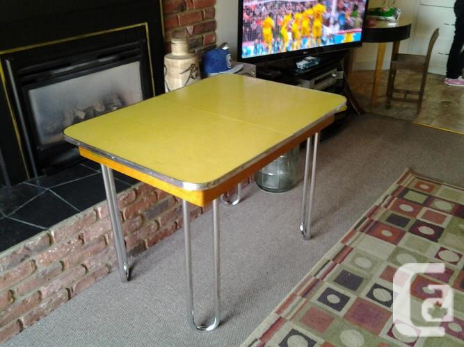 VERY COOL RETRO 50S DINING TABLEORIGINAL 50S For Sale