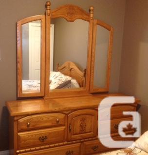 Vintage 5 Piece Bedroom Set For Sale For Sale In Regina Saskatchewan Classifieds Canadianlisted Com