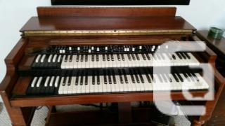 Dating hammond organs again up to date - German translation – Linguee