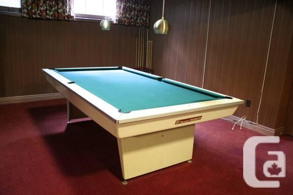 Vintage brunswick celebrity pool table for sale in for Brunswick pool
