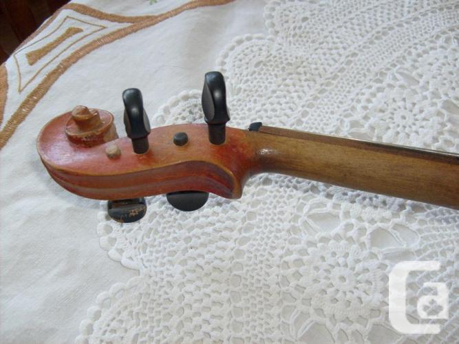 Vintage Fiddle