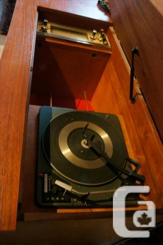 Vintage Mid Century Teak Stereo Console (I-51203) in Victoria, British  Columbia for sale