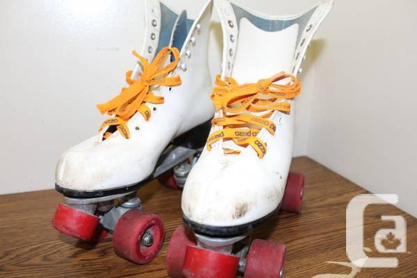 Vintage Roller Skate Gold medal Canada 8 80's - $40