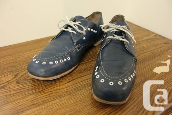Vintage Sunbeam Bowling Shoes Canada Blue 8 1/2 - $25