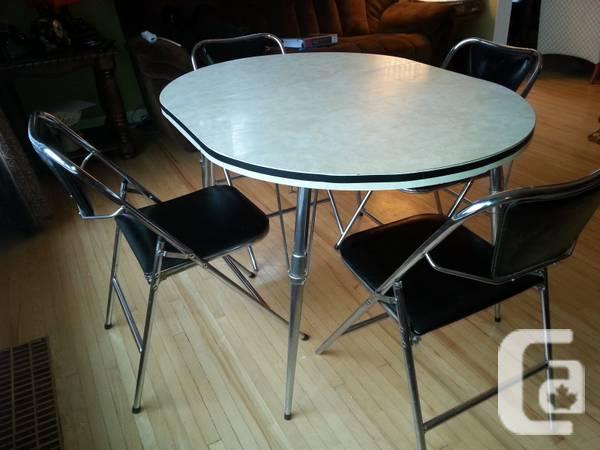 Vintage Table And Folding Chairs For Sale In Abbotsford British Columbia C