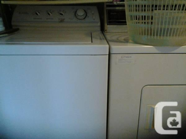 Washer/Dryer for sale only $125.