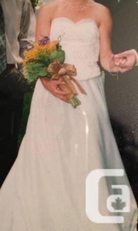 Wedding Dress - Size 8 - $350