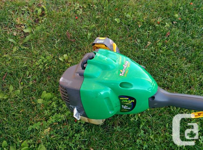 Weedeater 25cc Trimmer