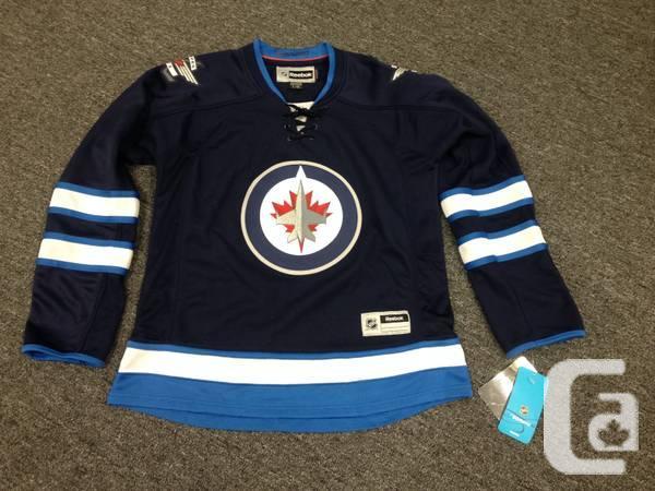 Winnipeg Jets Memrobilia - $1