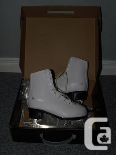 WinnWell figure skates