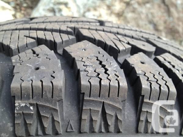 Winter tires Like-new Hankook 185 / 70 R14 - $60