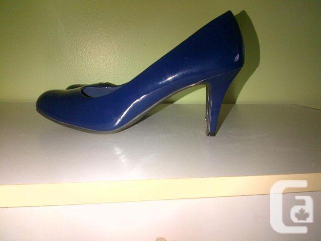 Women's Blue Heels- Size 10W