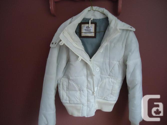 Women White Bongo Coat