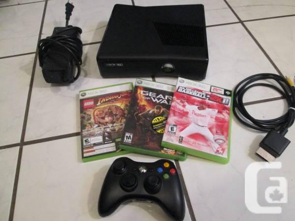 Xbox 360 console 4 gb slender + 1 sans fil 3 jeux -