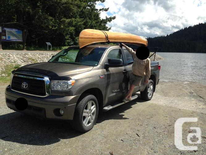 Yakima LongArm Truck Rack for Canoe