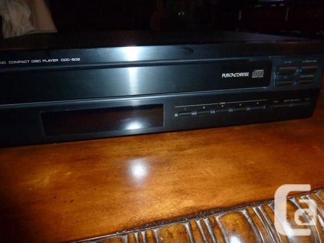 Yamaha CDC-502 Natural Sound 5 CD Player with