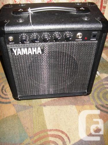 yamaha hy 10g iii electric guitar amplifier amp 25w 2 months old for sale in rockcliffe. Black Bedroom Furniture Sets. Home Design Ideas