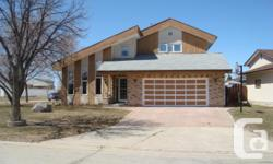 Property Type: Single Family Building Type: House Storeys: 2 Community Name: Meadows West Neighbourhood Name: Meadows West Title: Freehold Land Size: Unknown Built in: 1984  4L//Winnipeg/Ss now. Otp at anytime.Immaculate 1931 sf, total 5 bedrooms & 3 full
