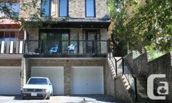 2 bedroom apartment on 3rd floor, newly renovated Approximately 950 sq. ft. Kenilworth Avenue Toronto, Ontario M4L 3S6 The Beaches, Woodbinejust north of Queen New stainless steel fridge, stove and dishwasher New hardwood floors New four piece