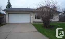 Property Type: Single Family Building Type: House Community Name: Waverley Heights Neighbourhood Name: Waverley Heights Title: Freehold Land Size: 7891 sqft|7,251 - 10,889 sqft Built in: 1981 Total Parking Spaces: 6  1L//Winnipeg/Viewings start Thurs May