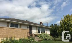 # Bath 1.5 Sq Ft 1100 # Bed 3 This highly efficient west end home features 3 bedrooms, 1.5 bathrooms, 2000sq ft of large open living space with new laminate flooring, paint, and lighting on both levels. Other important features includes a newer roof in