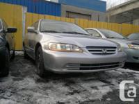 2001 Honda Accord LX.  # Annee / # Year: 2001.  #