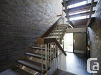 L'appartement et la propriété:. - Grands balcons. -