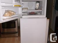 "Whirlpool ... FROST FREE FRIDGE ... white ... "" only 9"