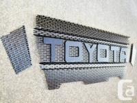 2005-2011 Toyota Tacoma 3 Piece   Raptor Style mesh