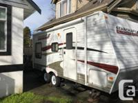 Mint condition 2011 Starcraft Autumn Ridge Travel
