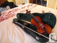 This 30 year aged Suzuki violin is in great condition,