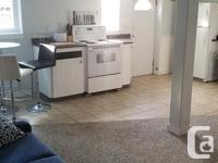 # Bath 1 Pets No Smoking No Great 1 bedroom lower suite