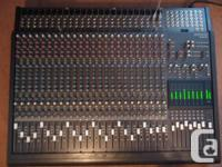 1 MACKIE 24-8 24 CHANS 8 BUS PRO MIXER USA MADE WITH