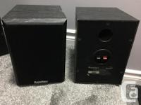 10' powered sub, 4 front speakers, 2 rear and a center
