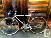 10 Speed Nishiki Road Bike perfect for riding the city