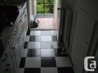 2 Bedroom proper for lease, refrigerator, stove,