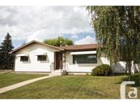Home Type: Single Family Building Type: House Storeys: