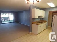 # Bath 1 Sq Ft 663 # Bed 1 Great complex, great price,
