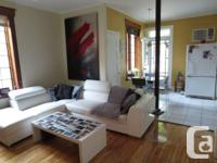 Beautiful appartment with lots of light! Lower duplex