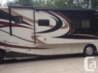 2008 Monaco Diplomat, 62000 mis, This 40 ft pdq coach