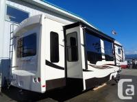 2016 Forest River Cardinal 3850RL Cardinal is