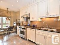 Spacious Executive Townhome In Exclusive Bayview -