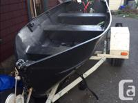 12' aluminum boat Boat has no leaks Oars, rod holders