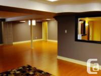 1800sqf!!! 1Bedroom,Den,Dining,Living,Family,2