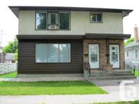 Large Key floor 3 room duplex for rent at 430 Minister